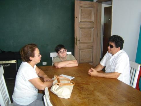 Nosso super produtor Marçal Souza conversa com a Vera, mãe de João