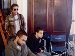 O ator Deto Montenegro, Yves (video assist) e Tadeu (estagiário de produção)