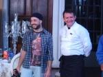 Guilherme (estagiário de objetos) com Clovis Brumatti, chef de cozinha da Claudia Porteiro Buffet
