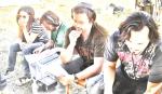 Andrea Armentano (1a assistente de direção), JP (continuísta), Marcelo Galvão (diretor) e Rodrigo Tavares (diretor de fotografia)