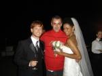 Zenor Ribas (diretor de arte) posa com o lindo casal.