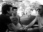 O ator Deto Montenegro, Gustavo (assistente de produção e dublê de Ariel) e Lucas (motorista)