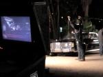 Guillermo Picco (microfonista) captura áudio da cena de Souza e Portuga na frente do Gata Lanches.
