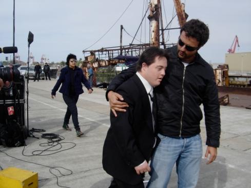 Melhor Ator e Melhor Diretor nos bastidores de filmagem do Colegas (cena no porto argentino)